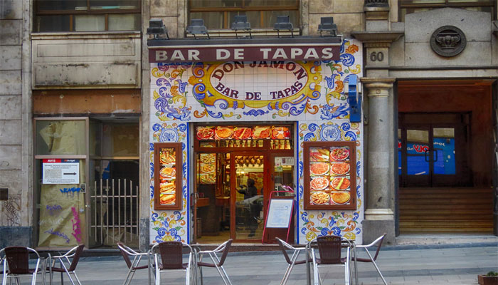 Requisitos para montar un bar en España